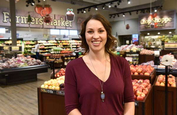 Emily Coborn '08 in grocery store
